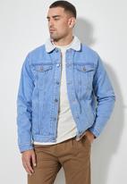 Superbalist - San Fran sherpa lined denim trucker jacket - blue