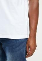 Vissla  - Established pocket tee - white
