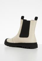 Cotton On - Astrid combat lug sole gusset boot - beige