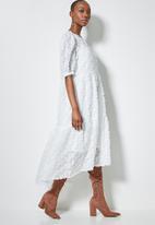 Superbalist - Textured tiered midi dress - white
