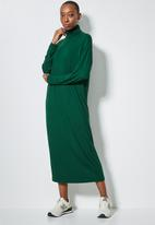 Superbalist - Dropped shoulder poloneck dress - forest green