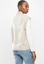 Vero Moda - Lefile sleeveless high neck vest boo - neutral