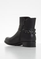 Plum - Romy ankle boot - black