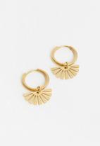 Superbalist - Molly hoop earrings - gold
