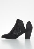 Butterfly Feet - Lettie ankle boot - black