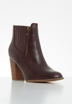 Butterfly Feet - Drama ankle boot - burgundy