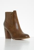 Butterfly Feet - Drama ankle boot - tan