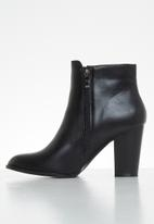 Butterfly Feet - Drama ankle boot - black