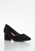 Butterfly Feet - Zoey court - black