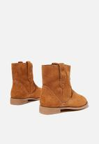 Cotton On - Slouch western boot - tan