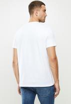 Lee  - Authentic - white