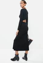 VELVET - Rib column midi dress with open back - black