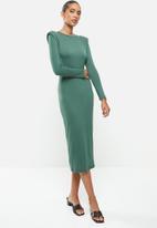 VELVET - Knit shoulder pad longline bodycon dress - green