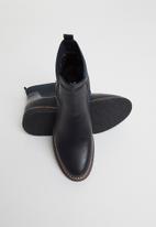 Butterfly Feet - Paula chelsea boot - navy