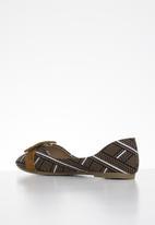 Butterfly Feet - Niki pump - tan