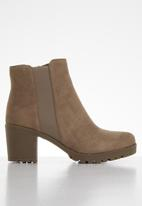Butterfly Feet - Cali ankle boot - taupe