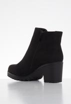 Butterfly Feet - Cali ankle boot - black