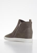Butterfly Feet - Heron ankle boot - grey