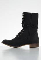 Miss Black - Bon bon 2 mid calf boot - black