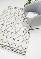 Fotakis - Gipsy shaggy rug - peni white/black