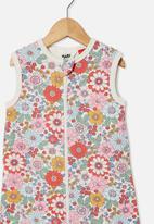Cotton On - The fleece winter bundler - vanilla/cali pink retro floral