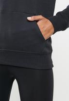 New Balance  - Classics core hoodie - black
