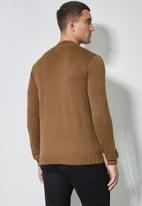 Superbalist - Slim fit high neck knit jersey - brown