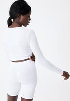 Factorie - Long sleeve cinch front top - white