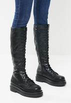 Footwork - Rim chunky combat boot - black