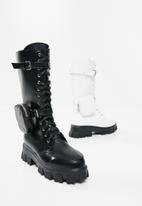 Footwork - Quad combat boot with detachable pouch - black