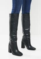 Footwork - Nodini knee length boot - black