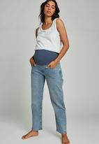 Cotton On - Maternity straight stretch jean over belly - aireys blue