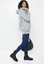 STYLE REPUBLIC - Quilted puffer - grey