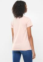 Levi's® - The perfect tee box tab t3 - pink
