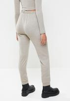 Blake - Soft touch jogger - beige