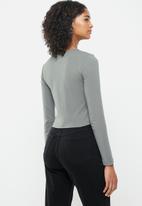 Blake - Crew neck crop top - grey
