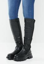 Plum - Luna chunky knee length boot - black