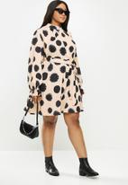 Me&B - Plus pleated neck swing dress - beige & black