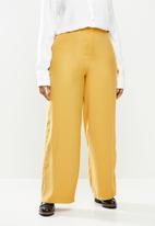 Me&B - Plus soft wide leg pant - mustard