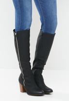 Miss Black - Ahlam 5 knee length boot - black