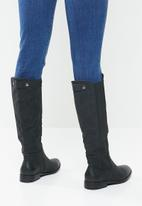 Miss Black - Route 6610 riding boot - black
