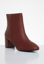 POLO - Amber leather heeled ankle boot - burgundy