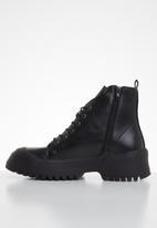 Footwork - Sena hiking boot - black
