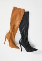 Public Desire - Ambition boot - black
