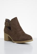 Footwork - Shea ankle boot - brown