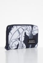 Roxy - Dear heart purse - navy & white