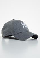 New Era - Jersey essential 9forty New York Yankees - dark grey