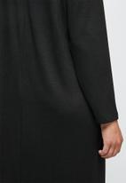 edit - Funnel neck heavy knit collumn dress - black