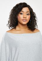 Blake - Slashoff shoulder soft touch top - grey