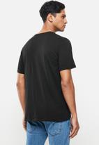 Hurley - Oao solid prem short sleeve - black